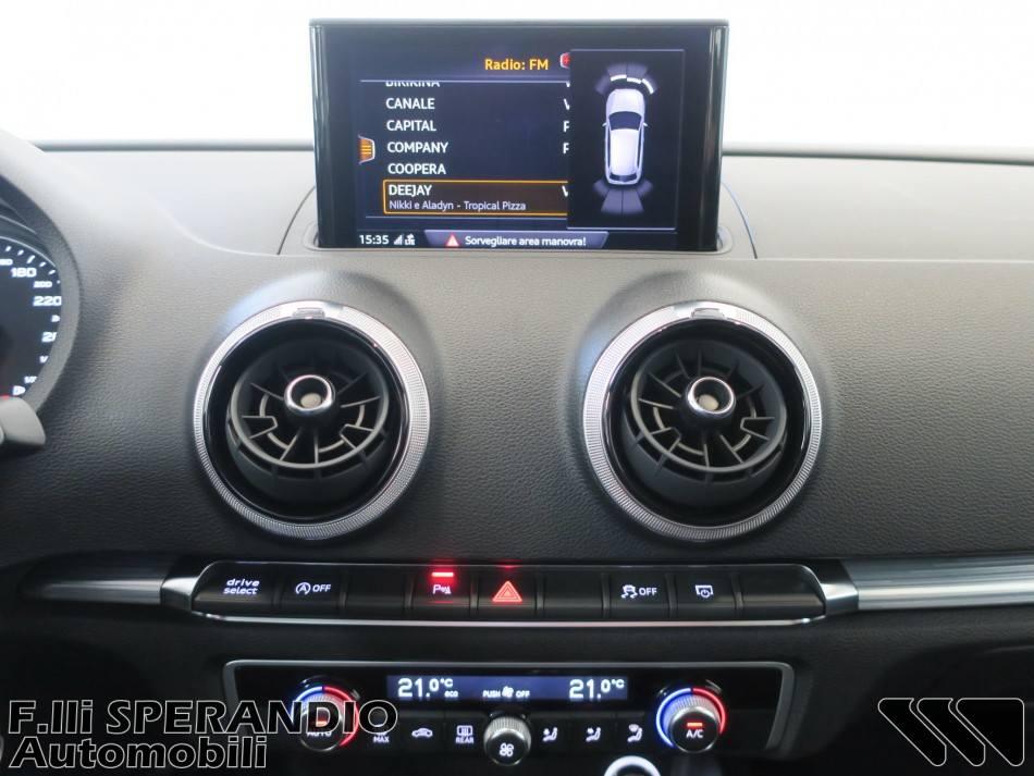 AUDI A3 Sportback 1.6TDI Sport 116CV-Array