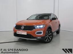 Volkswagen T Roc 1.0TSI Style 115cv BMT Orange 01