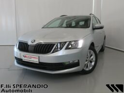 SKODA OCTAVIA WAGON 1.6TDI CR EXECUTIVE 90CV 01 1