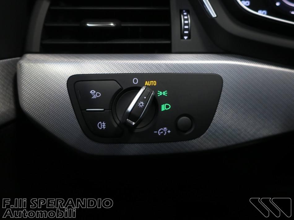 AUDI A4 AVANT 40TDI 190cv S-tronic quattro edition-Array