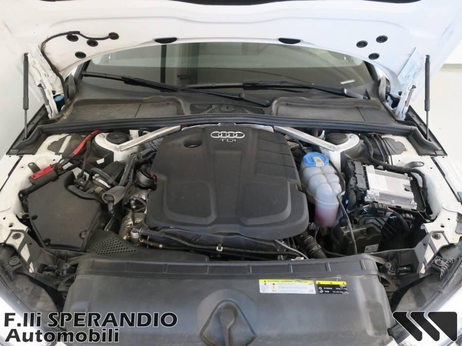 AUDI A4 Avant 2.0TDI 122 CV-Array