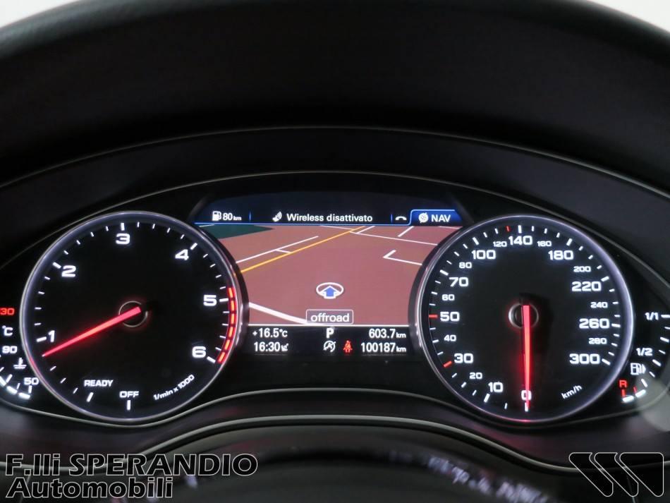 AUDI A6 Avant 3.0TDI S-tronic quattro edition 218Cv-Array