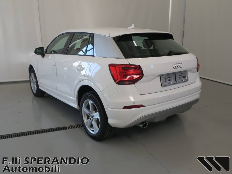 AUDI Q2 1.6TDI SPORT BUSINESS-Array