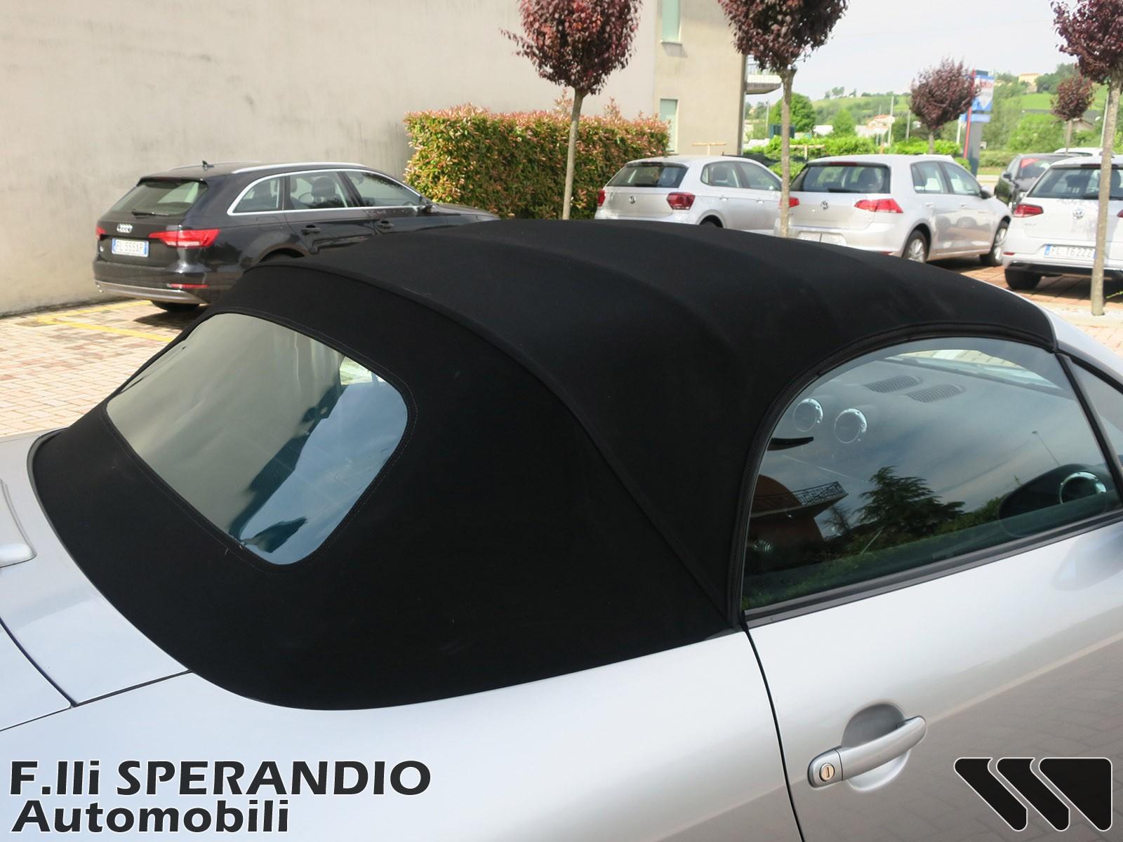 AUDI TT Roadster 1.8T 20V 179CV-Array