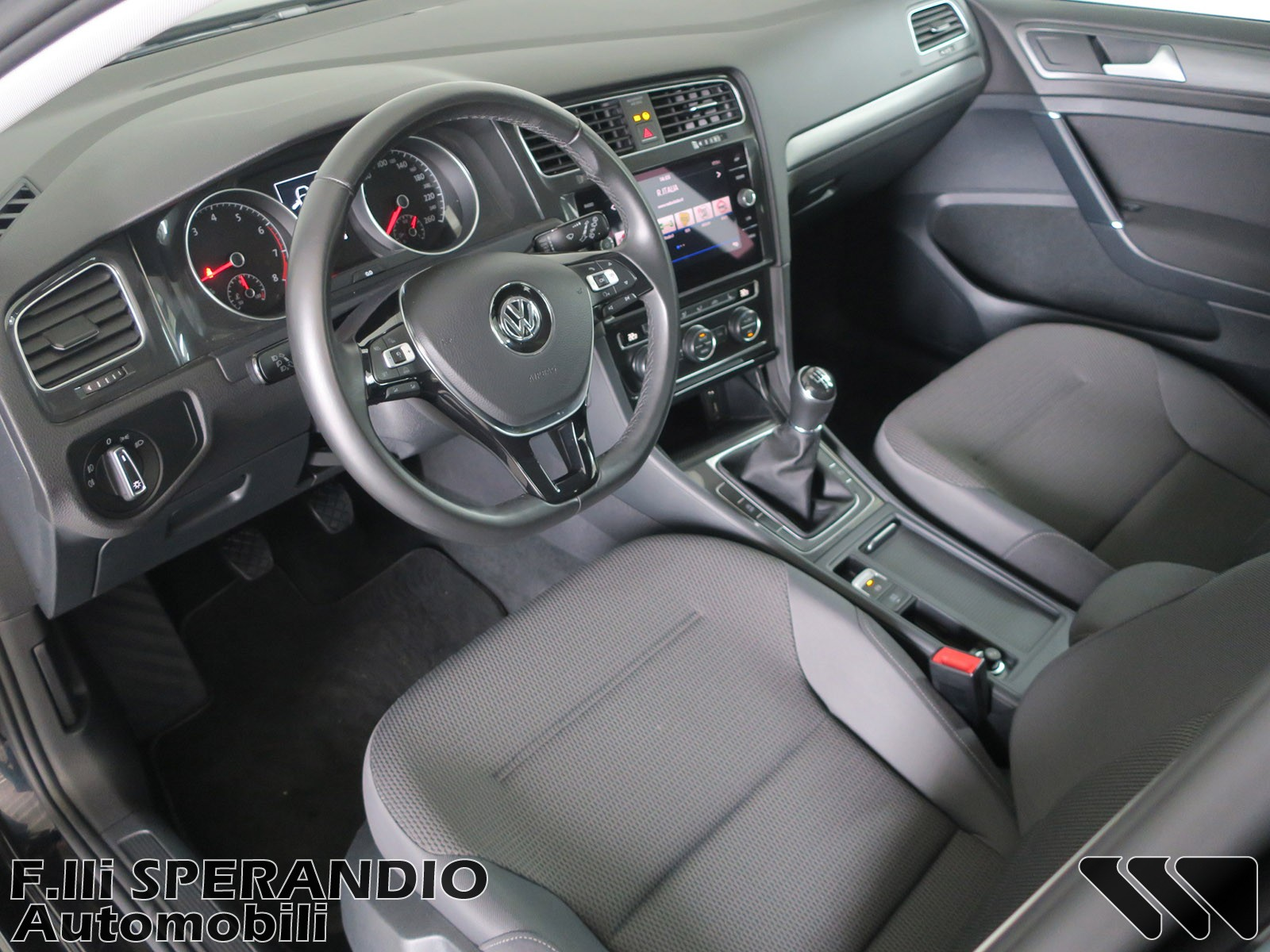 VOLKSWAGEN GOLF 1.0TSI 86CV RABBIT BMT-Array