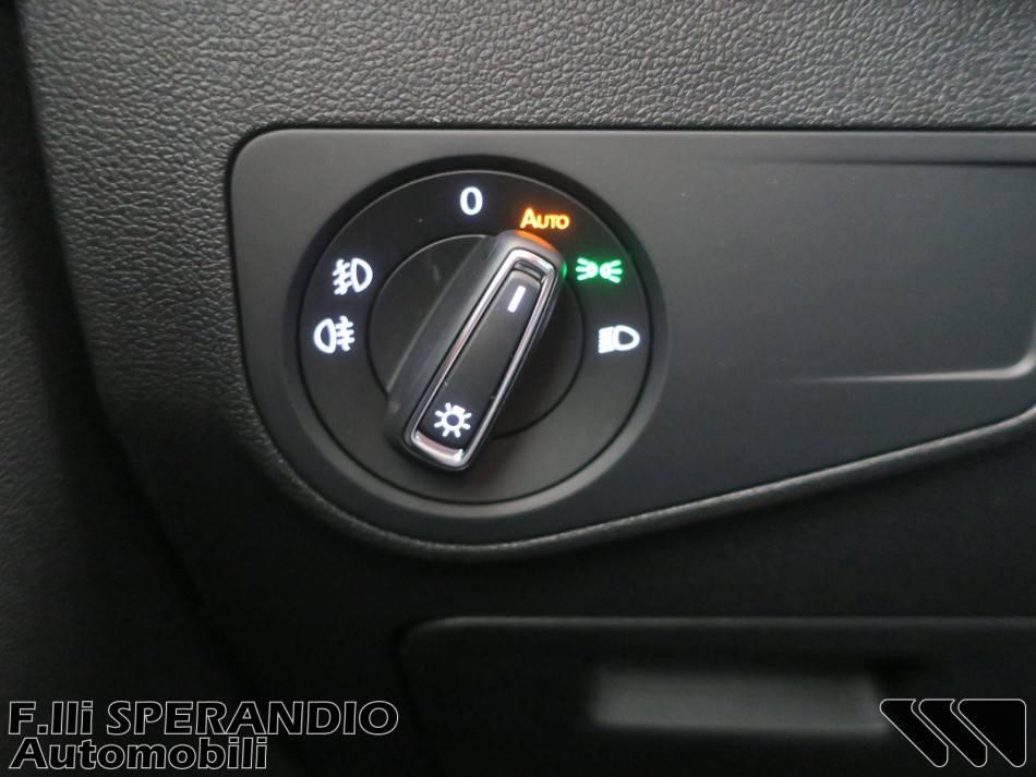 Volkswagen Tiguan 2.0TDI 115Cv SCR R-line Comfortline BMT-Array